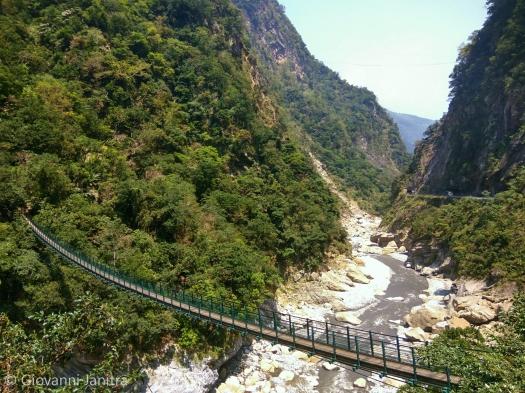 Bridge to Zhuilu Old Trail